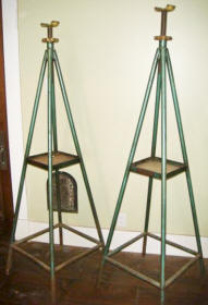 Weaver Jack Stand WI-116 Style from the 1940's